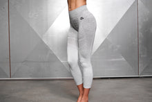 Body Engineers - Valkyrie Seamless Leggings High Waist 7/8 – Light Grey - Vorderseite