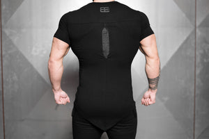 Body Engineers - YUREI KONSTRUKT Asymmetric V-Neck – Black Anthra - Rückseite