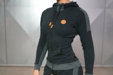 Body Engineers - GAIA Hoodie 2.0 – Black - Vorderseite