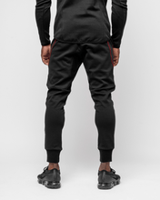 HERA x HERO - Dual Joggers - Black & Red - Rückseite
