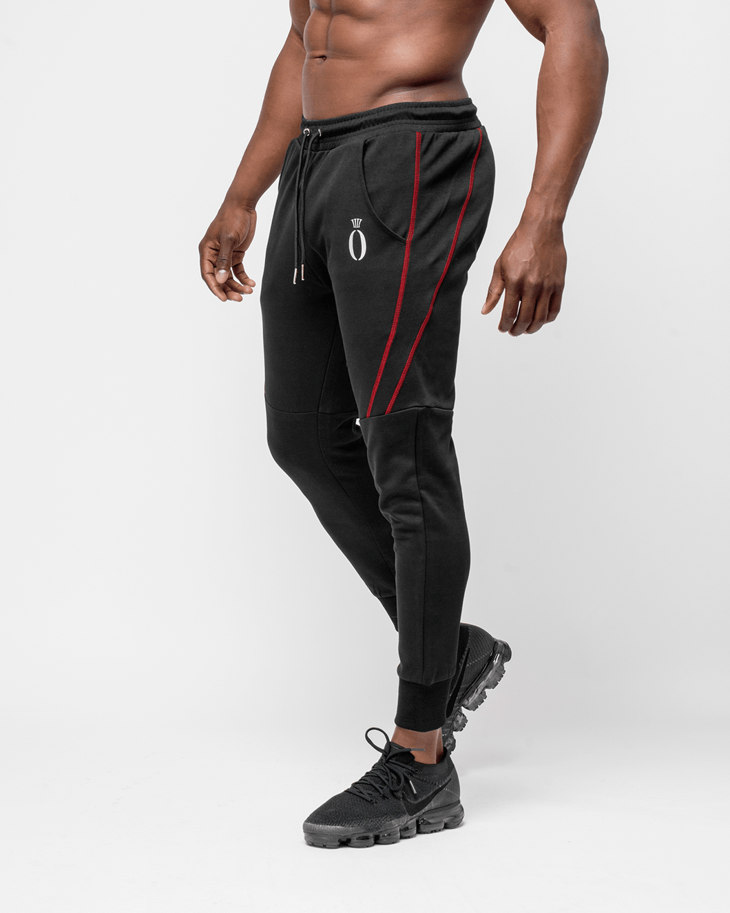 HERA x HERO - Dual Joggers - Black & Red - Seitlich