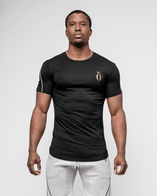 HERA x HERO - Tri T-Shirt - Black & Gold - Vorderseite