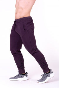 Nebbia - Gym Hero Jogginghose - Burgundy (153)