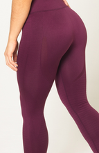 V3 Apparel - Contour Seamless Leggings - Wine Red - Detail 1