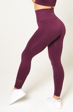 V3 Apparel - Contour Seamless Leggings - Wine Red - Seitlich 2