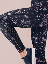 Workout Empire - Floral Leggings - Obsidian - Seitlich Detail
