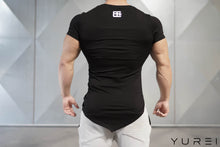 Body Engineers - YUREI Asymmetric V-Neck - Black Out - Rückseite