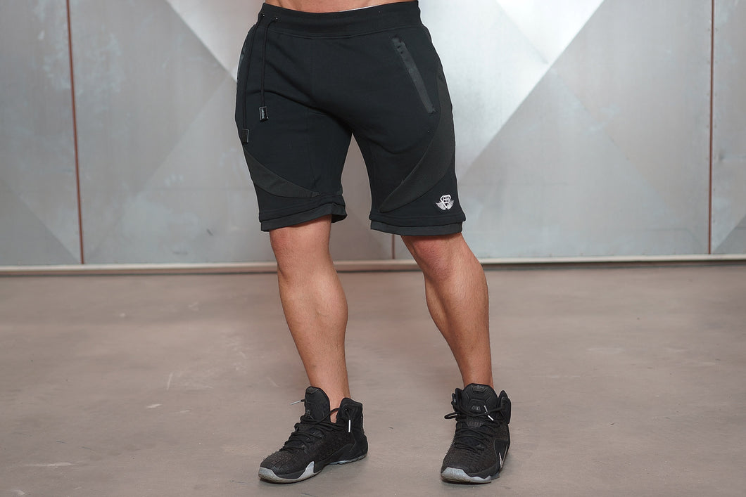 Body Engineers - YUREI Shorts – All Black - Vorderseite