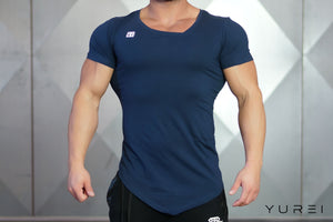 Body Engineers - YUREI Asymmetric V-Neck - Navy Blue - Vorderseite