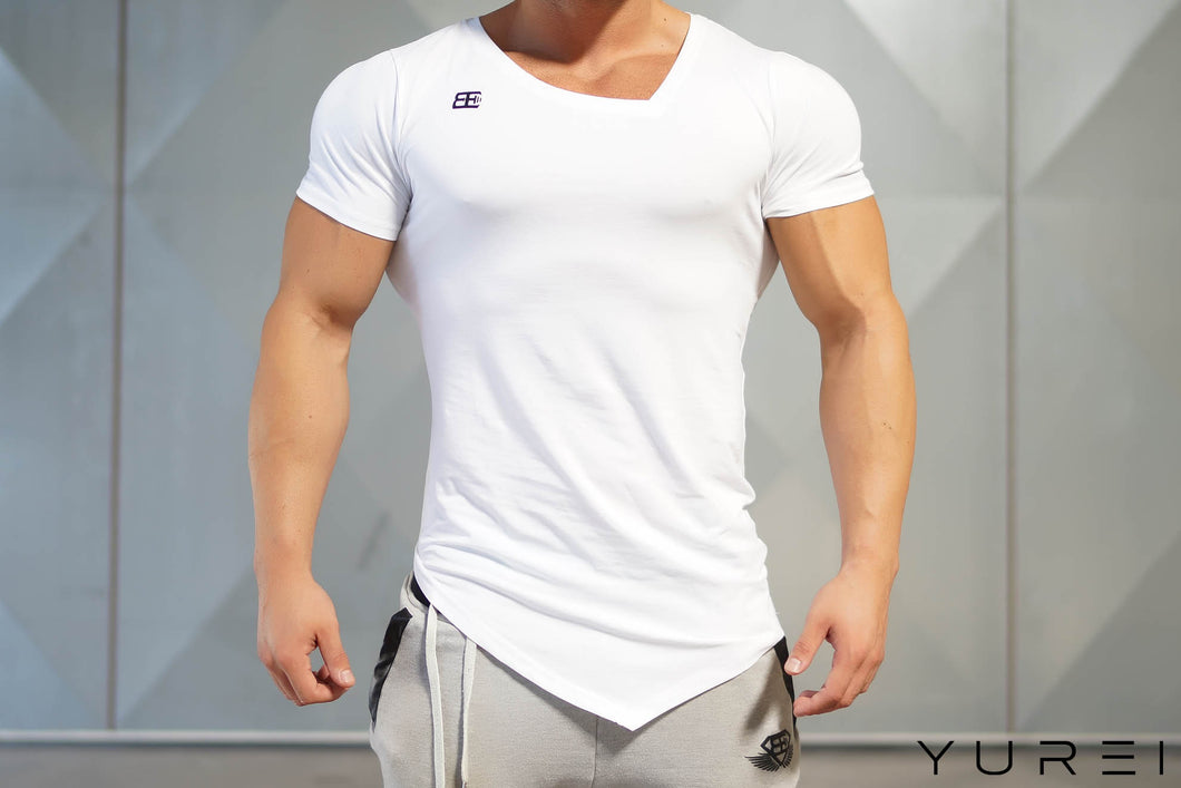 Body Engineers - YUREI X Prometheus 2.0 – Asymmetric V-Neck WHITE OUT - Vorderseite