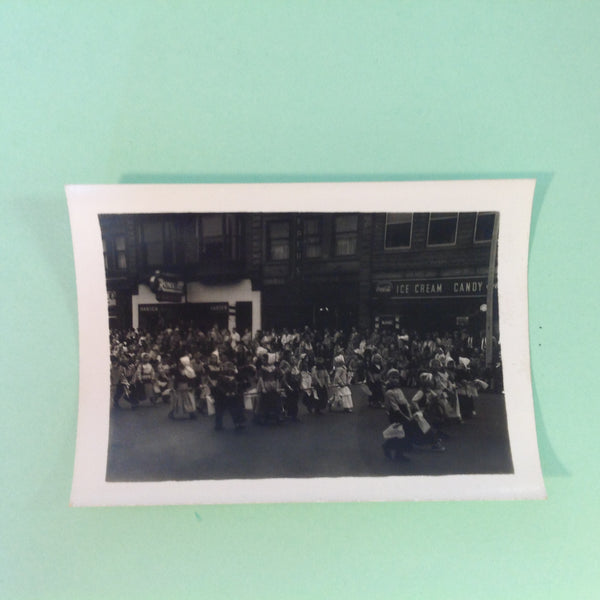 Vintage Mid Century B&W Photo Holland Michigan Tulip Festival March of the Little Dutch Children