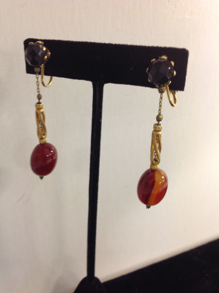 Vintage Goldtone Dangling Plastic Faux Amber Onyx Clip On Earrings