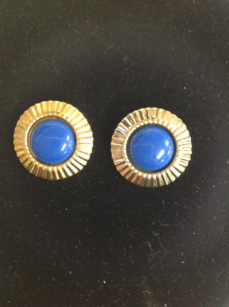 Vintage Bright Blue Cap Goldtone Sunburst Clip-On Earrings