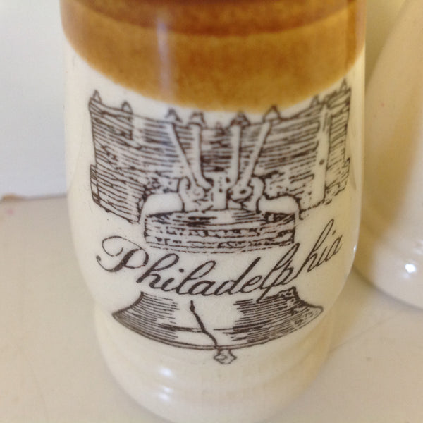 Vintage Souvenir Philadelphia Salt and Pepper Shaker Set with Liberty Bell Print