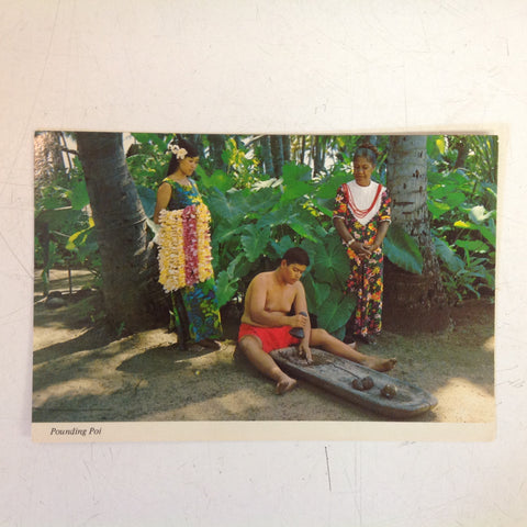 Vintage Color Postcard Hawaii Pounding Poi