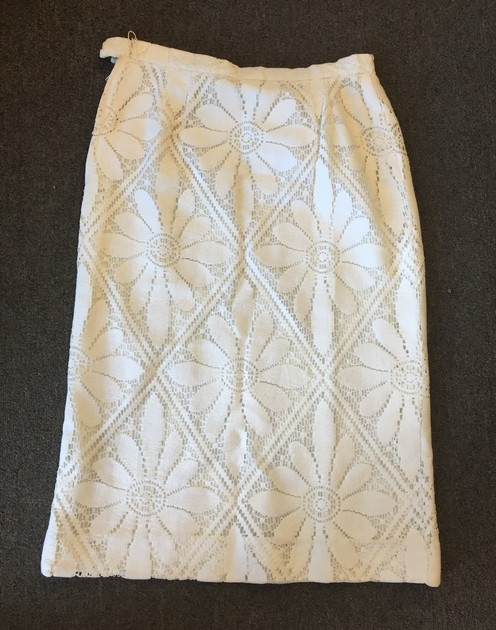 Vintage 1960's '70's White Wiggle Skirt Floral Patterned Overlay Mini