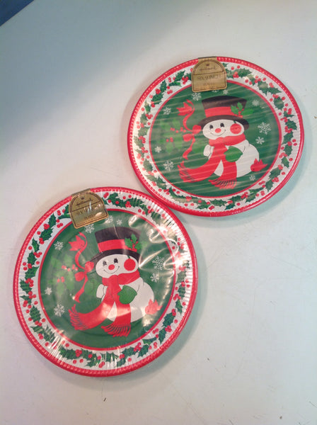 Vintage Hallmark Cards Set of Six 9-Inch Paper Plates Snowman Cardinals Holiday NOS