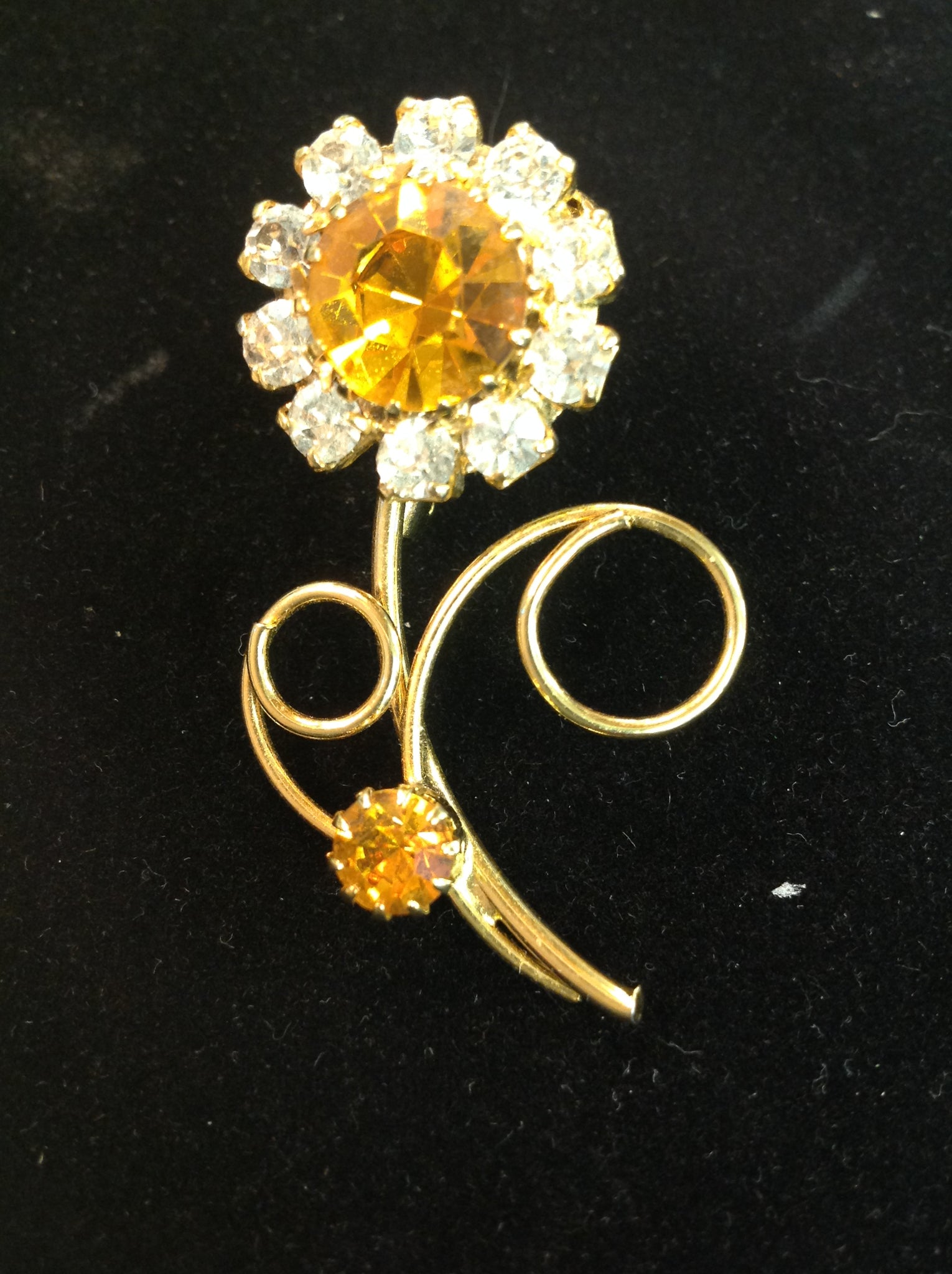 Vintage Goldtone Yellow Goldtone Rhinestone Flower Brooch