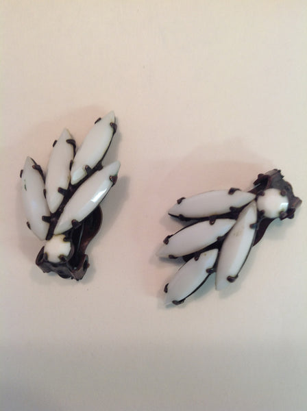 Vintage 3-Piece Set Clip On Earrings Brooch Pin White Seed Black Wrought Iron Lookalike