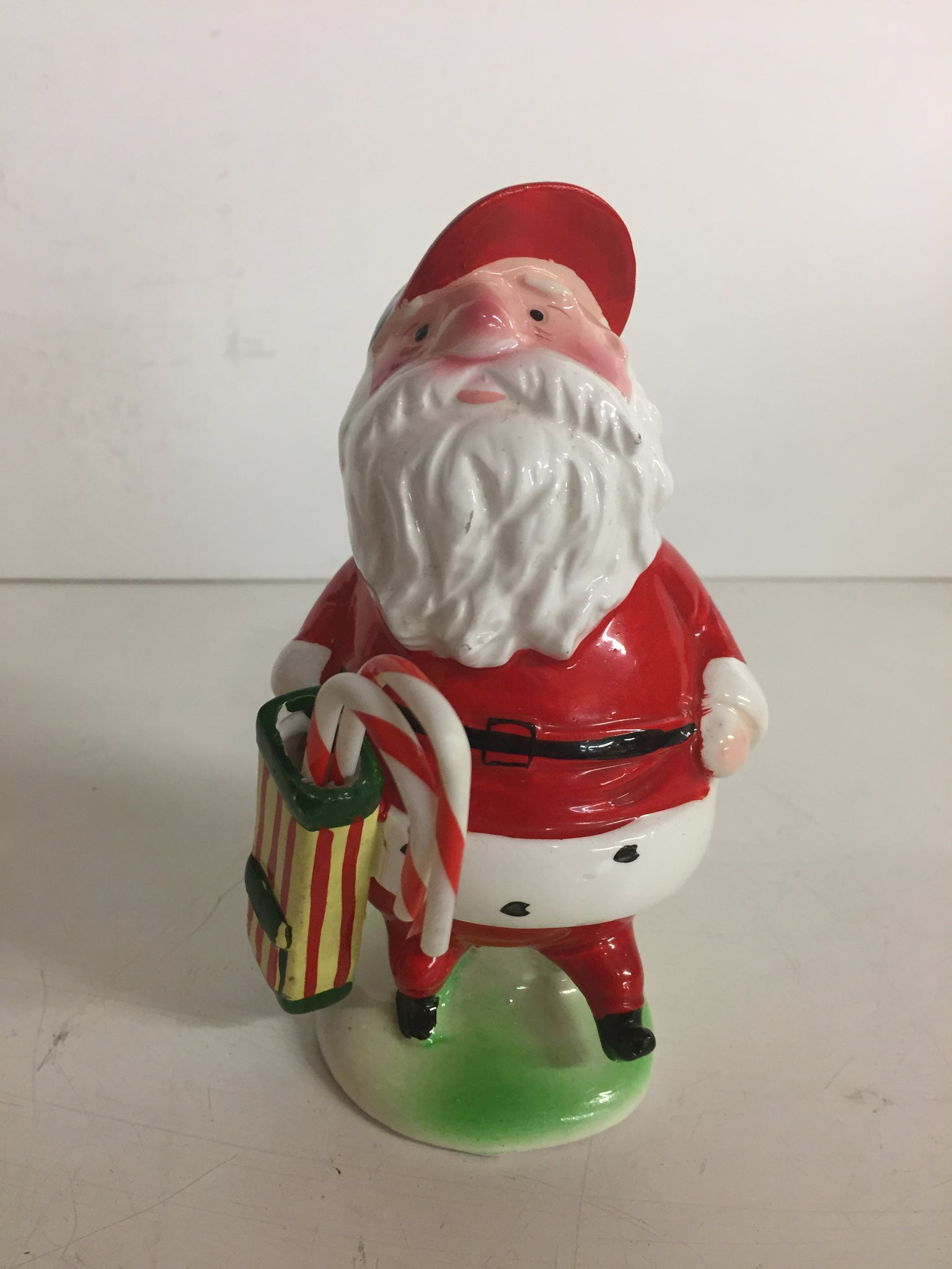 Vintage Golfing W/ Candy Cains Ceramic Santa Clause Figurine Enesco Japan