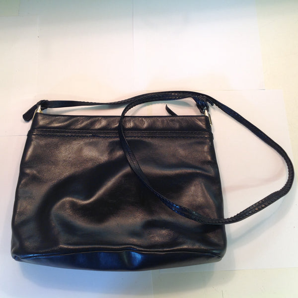 Vintage Anne Klein Black Patent Leather Clutch Purse Lion Insignia with Shoulder Strap