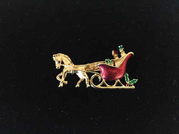 Beautiful Designer Gerry Goldtone Enamel Horse Carriage Christmas Pin Brooch Holiday