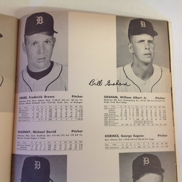 Vintage Official 1966 Detroit Tigers Yearbook
