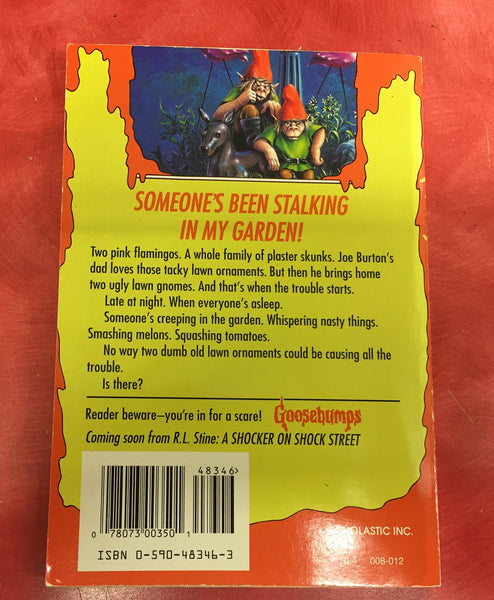 Goosebumps R. L. Stine Revenge of the lawn gnomes Issue 34