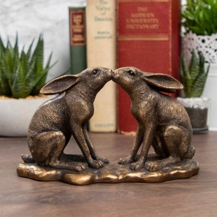 Bronzed Kissing Hares