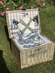 4 Person Grey Checked Chilled Picnic Basket