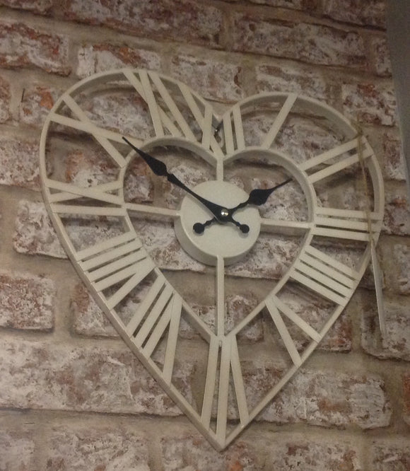 Shabby Chic Cream Metal Heart Clock