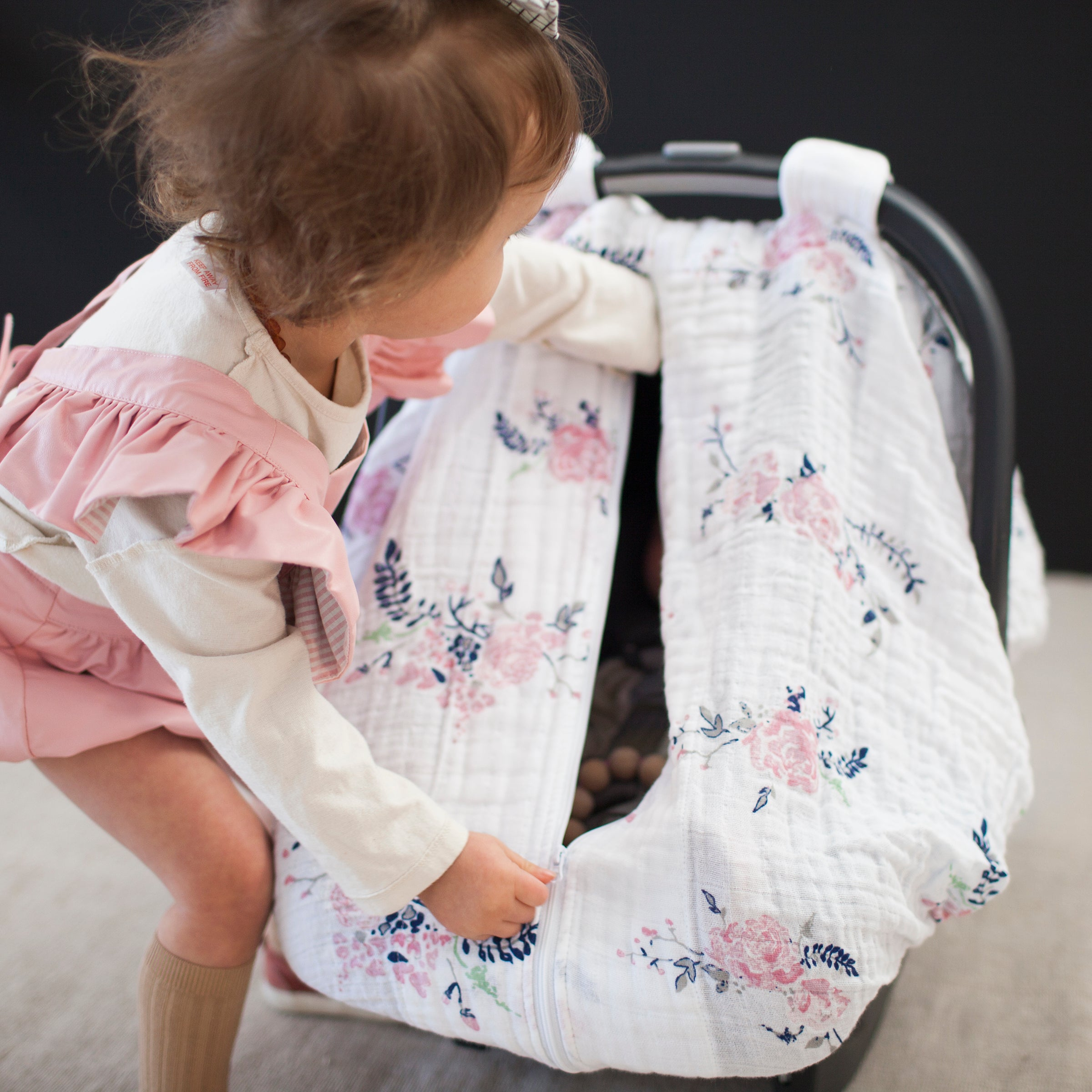Garland Muslin Car Seat Cover - Car Seat Cover - Bebe au Lait