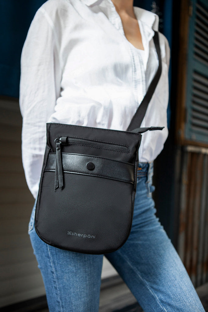 Prima AT Crossbody (On model) in Anti-Theft Collection (Carbon)
