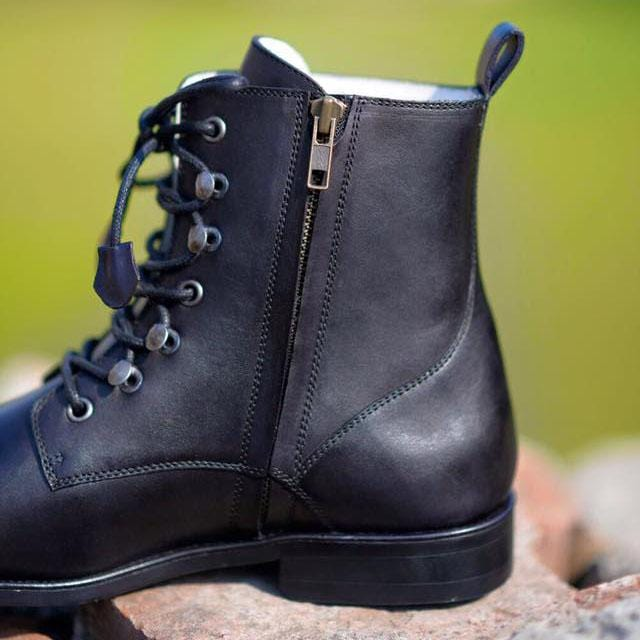 Scout  Boots A1