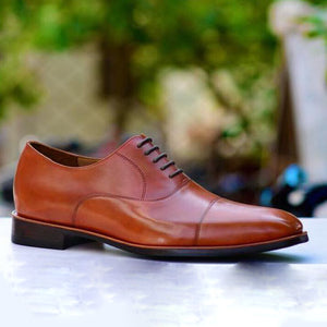 Classic Oxford In Dark Tan