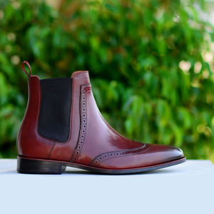 Wing tip Chelsea with brogue detail in burgundy