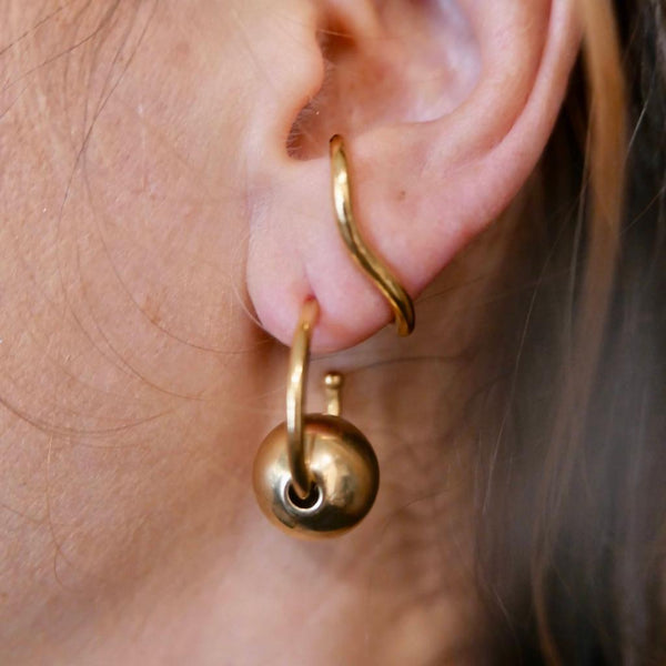 Coil thin gold plated earring