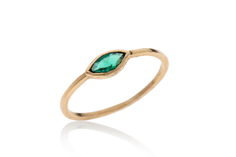 14K gold ring with ellipse stone