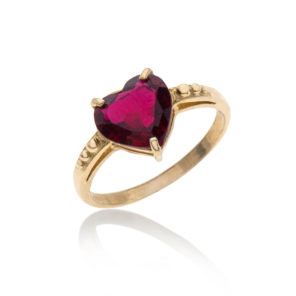 14K gold heart of ruby ring