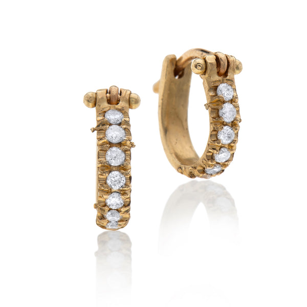 14k gold hoops earring with white diamonds