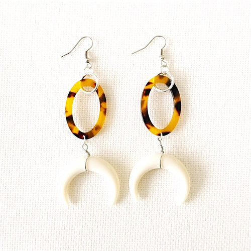 Leila-Tortoise-Horn-Earrings