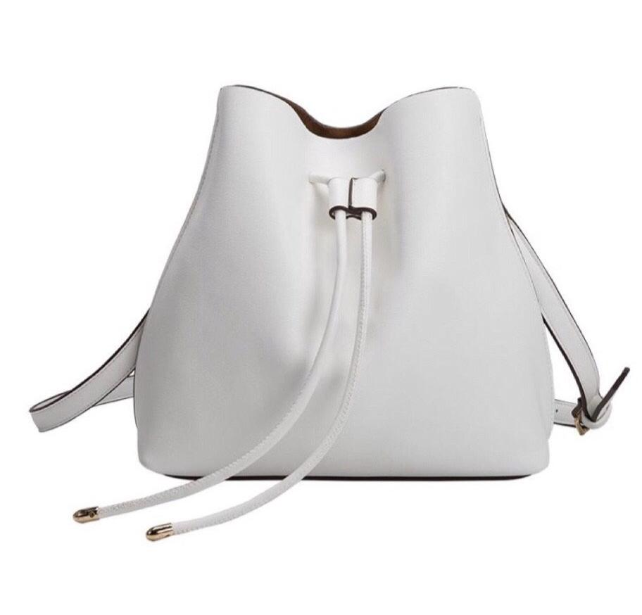 New ! Leia White Bucket Bag by Melie Bianco