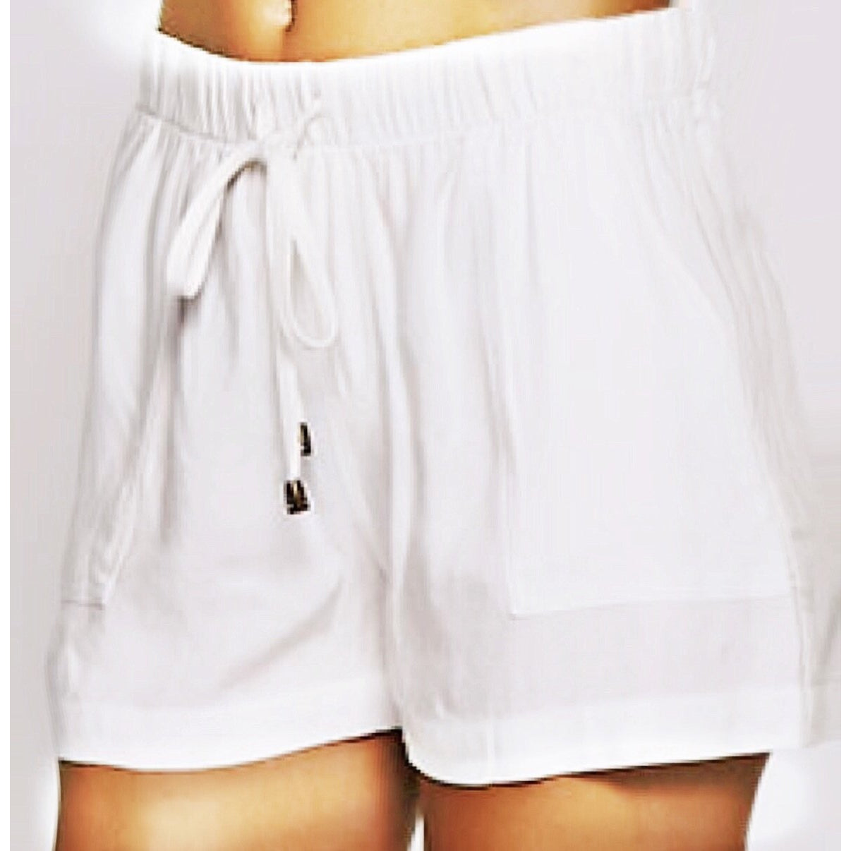 Zahara Shorts in Just A Little Off  White