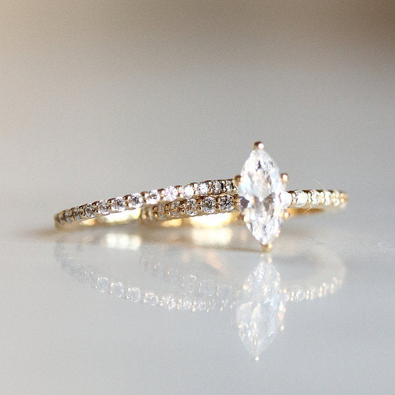 Yellow Gold Eternity wedding band - REINA RING - Evorden