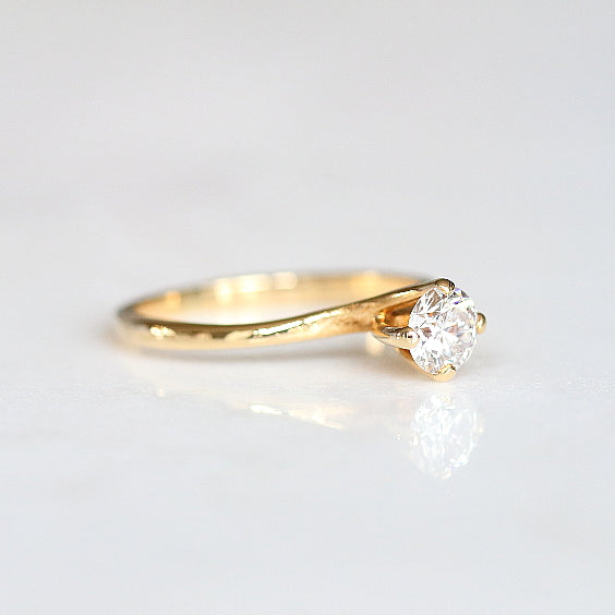 18K Yellow Gold Solitaire Vintage Engagement Ring - The Fitzgerald Ring - Evorden