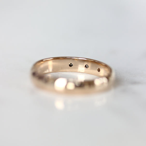 The Iris Ring- Star Engraved Gold Vintage Band- EVORDEN