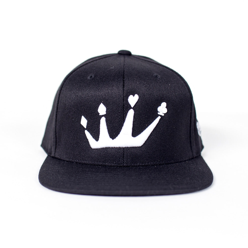 "Royalty ""Crown"" 210 Fitted (Flexfit)"