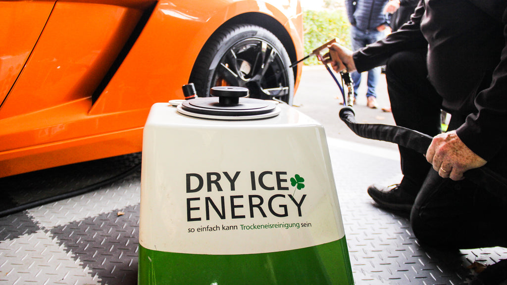 Dry Ice Energy Ireland 1.7mm dry ice blasting machine cleaning a lamborgini wheel