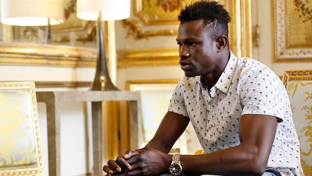 "The African ""Spiderman"" Who Rescued A Baby In Paris Offered French Citizenship"