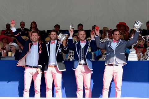 Peter Lambert in Adé Lang Regatta Blazer and his crew winners of the Queen Mother Challenge Cup HRR17